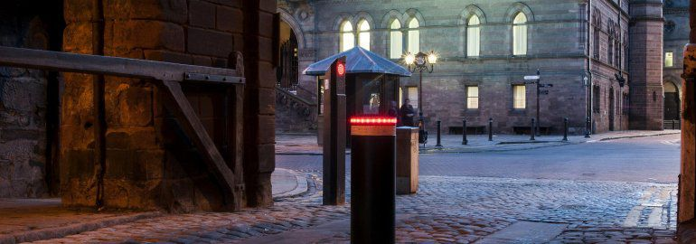 Automatic_Bollard_System_Chester_Cathedral
